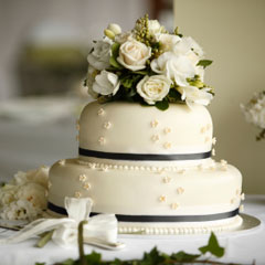 black-white-wedding-cakes-5